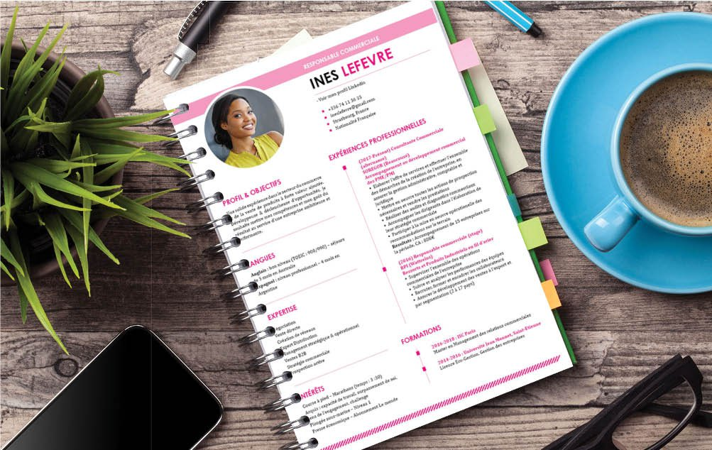 Un CV aux touches féminines avec ses tons roses