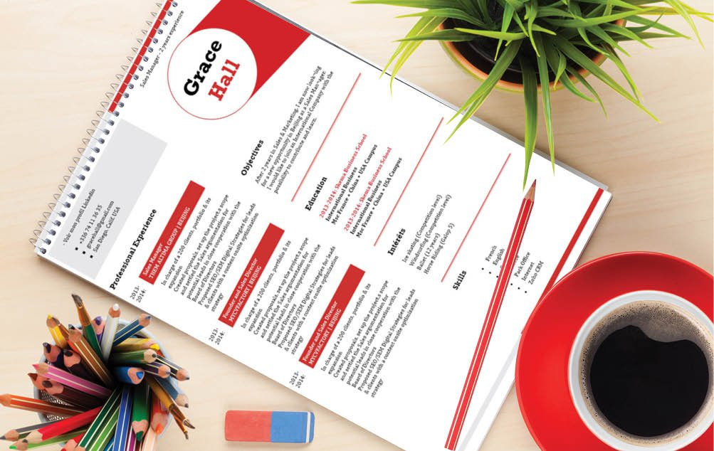 This easy resume template comes with a modern and  creative design for all job types