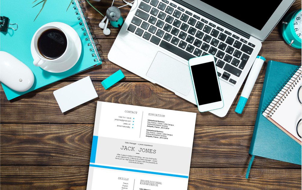 Form the minds of future leaders thanks to this  modern  resume template