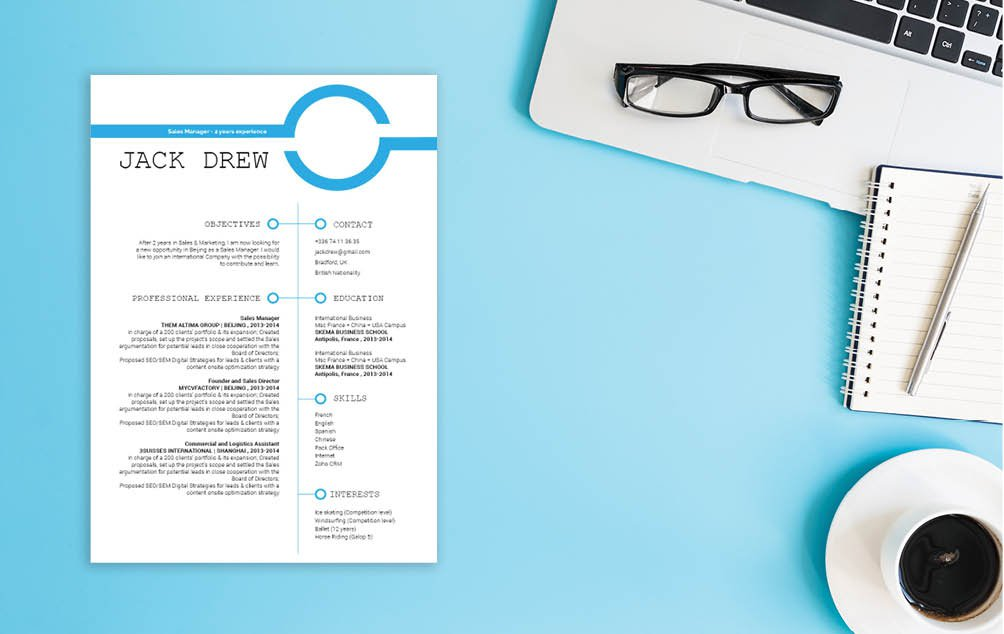 Professionals will love this simple CV Template and its simple design. Truely a great resume builder