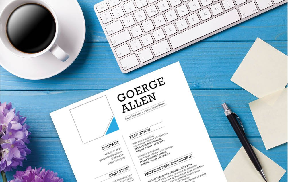 All your qualifications are written clearly in this professional CV design