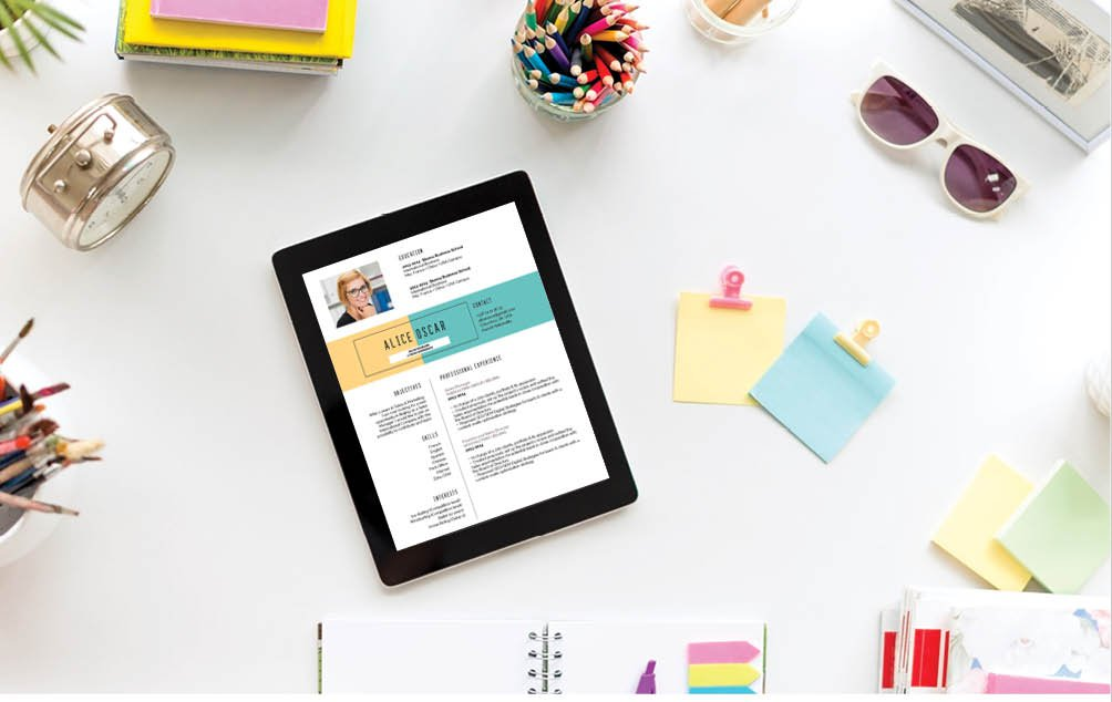 This online resume template uses colors and shapes to its advantage