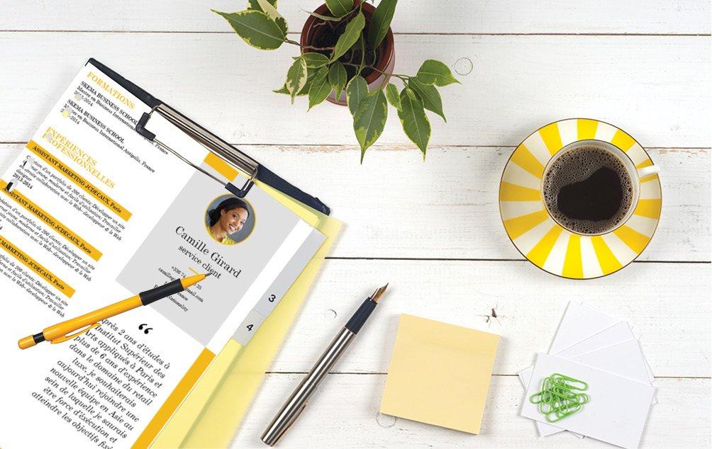 Utilisation intelligente de la couleur jaune pour souligner les points importants.