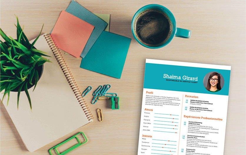 Un CV moderne d'un visuel très attractif de par sa mise en page et ses couleurs.