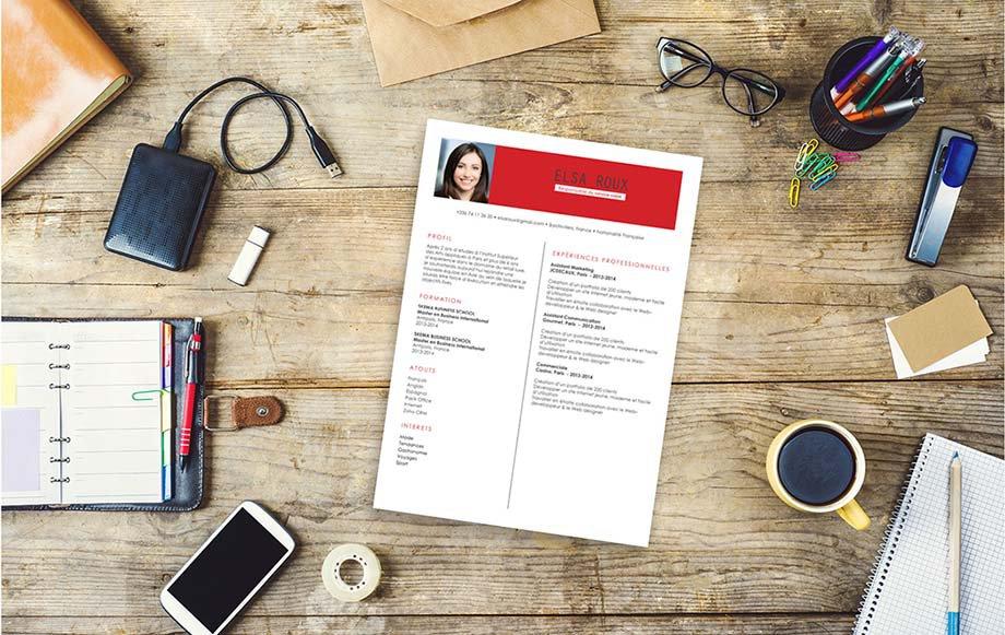 Modèle de CV usant d'encadrés colorés, de surlignes et de colonnes pour mettre en valeur et hiérarchiser les informations clés du candidat.