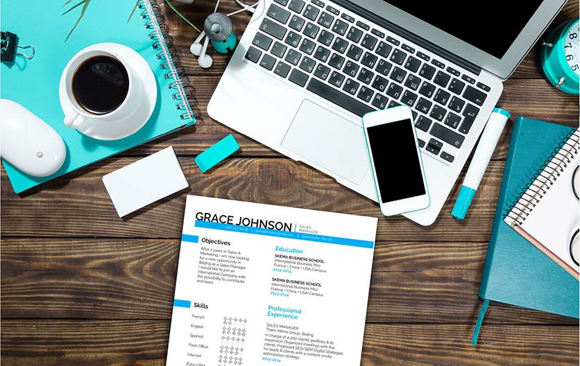 Colors and style make this simple resume template an ideal choice for an educator