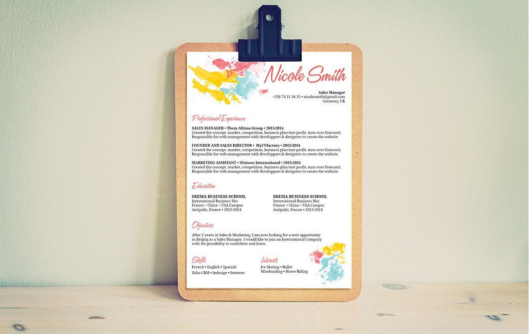 This resume template is sure to land you that dream job thanks to its wonderful design