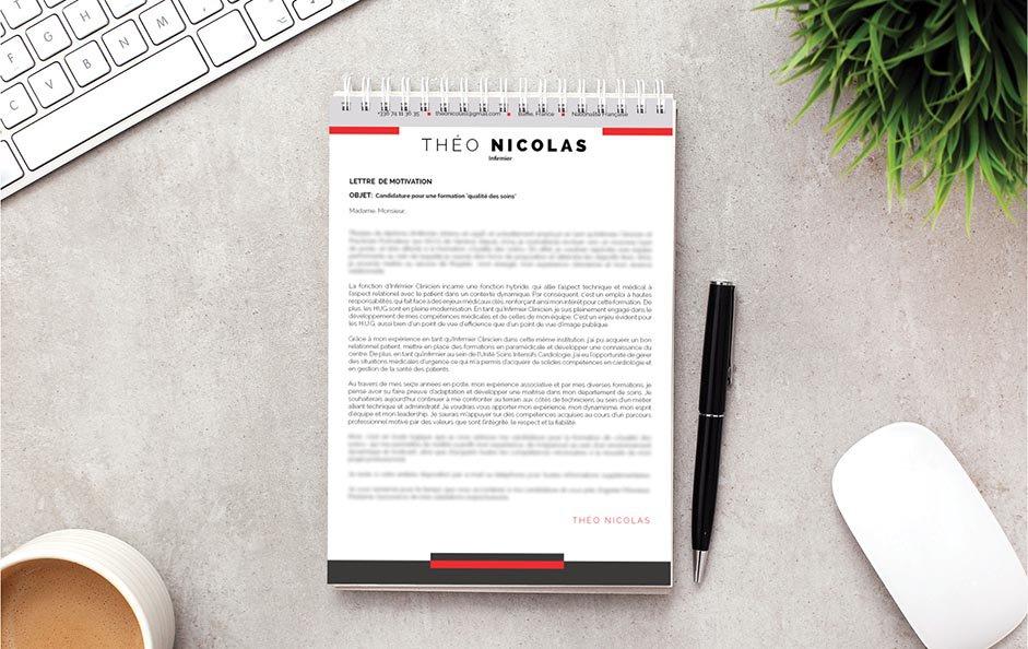 Une lettre de motivation colorée, mais élégante.