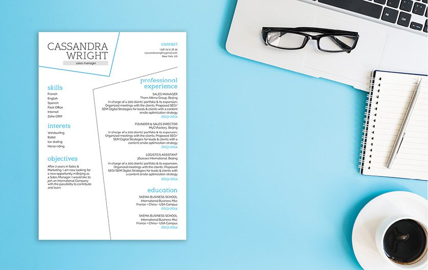 This is easy resume template lists down all your qualifications perfectly