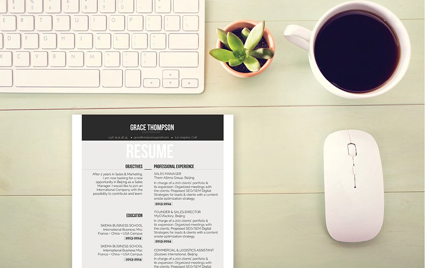 A great resume template wit equally great colors and design!