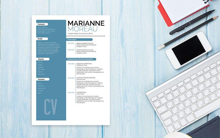 Un CV créatif misant sur un jeu de couleur entre le bleu et le blanc pour séduire le recruteur