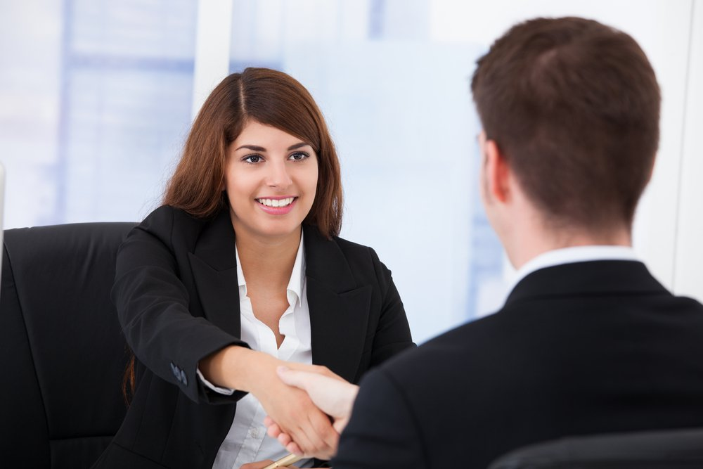 terminer un entretien d'embauche